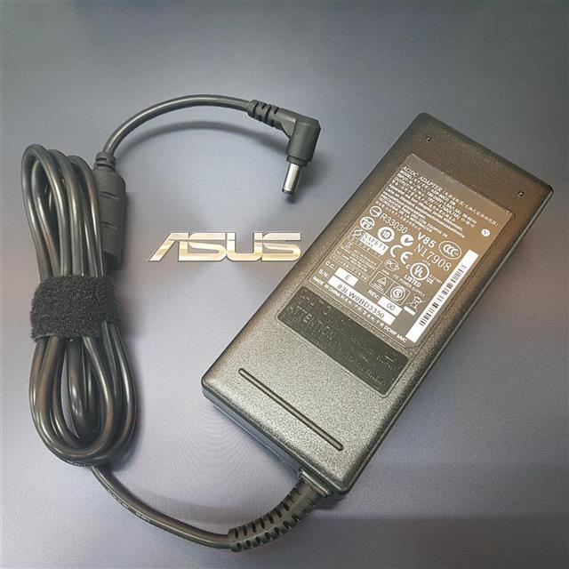 Thermaltake 曜越 Core X71高直立式開窗 電腦機殼 (CA-1F8-00M1WN-00)