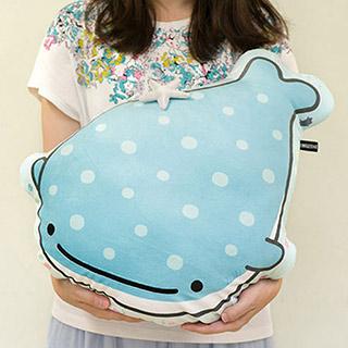 San-X 甚平鯊鯨鯊卡通造型抱枕扁靠枕