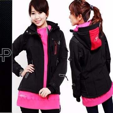 【戶外趣】北歐國際專業級軟殼衣頂級防水透濕防風外套(女款 LA1179 黑色)