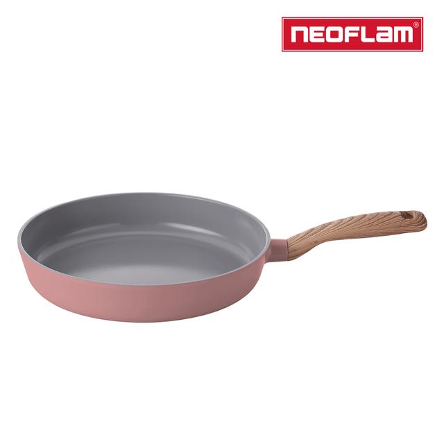 NEOFLAM RETRO抗菌系列28cm平底鍋-乾燥玫瑰粉(IH爐適用/不挑爐具/含玻璃蓋)