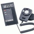 TES 泰仕 TES-1330A 2萬LUX數位式照度計