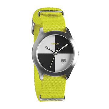 【NIXON新品】輕巧時尚帆布錶帶 THE QUAD(霓虹黃)_A344-1262