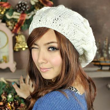 Aimee Toff  冬日氣息麻花編織氣質貝蕾帽(白)