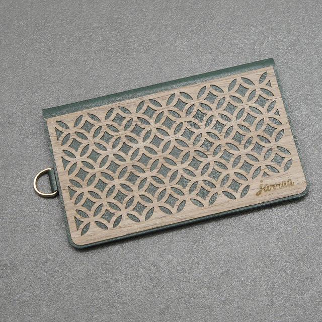jarraa 木雕風手機背貼卡夾 Jade 深綠