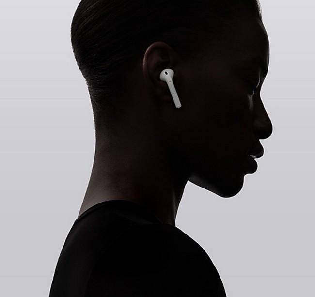 全新未拆封 AirPods 2代盒裝 藍牙耳機✔無線充電✔支援iPhone機型或安卓機型✔入耳光感✔動畫彈窗✔平行輸入✔