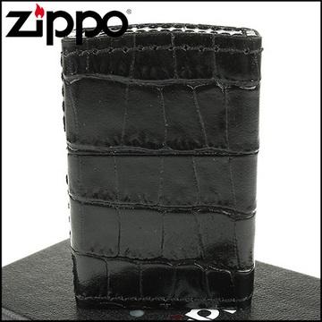 【ZIPPO】日系~仿鱷魚皮壓紋-職人手工純正牛皮包覆打火機(黑色款)
