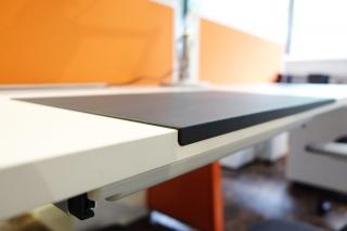 細緻牛皮紋理TPU桌墊