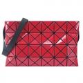 ISSEY MIYAKE 三宅一生 BAOBAO幾何亮面方格4x6斜背包(紅)