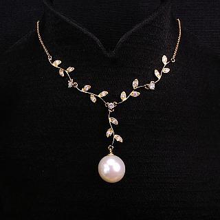 晉佳珠寶 Gemdealler Jewellery 18K金 閃亮金葉 鑽石珍珠項鍊